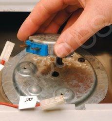 Drehtellermotor einer Mikrowelle austauschen